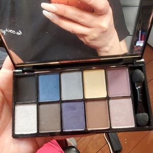 NYX the Runway Collection in 01 Jazz Night